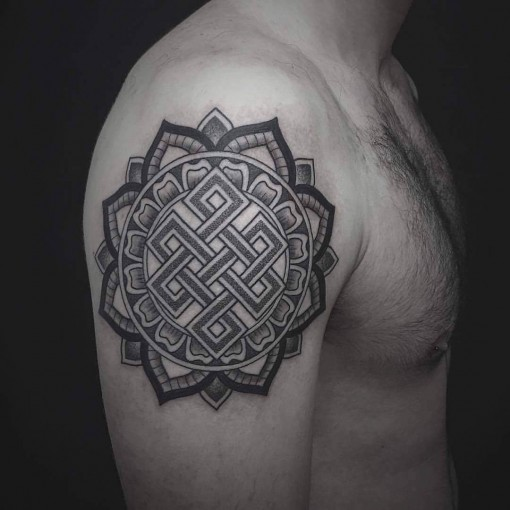 Endless-Knot-Tattoo