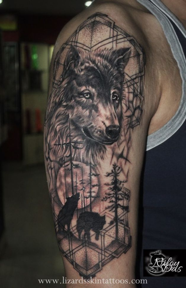 Wolf dreamcatcher tattoo on half sleeve for Wolf head dreamcatcher tattoo