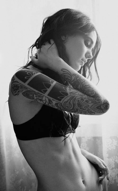 pretty flowers half sleeve tattoos for women. Black Bedroom Furniture Sets. Home Design Ideas