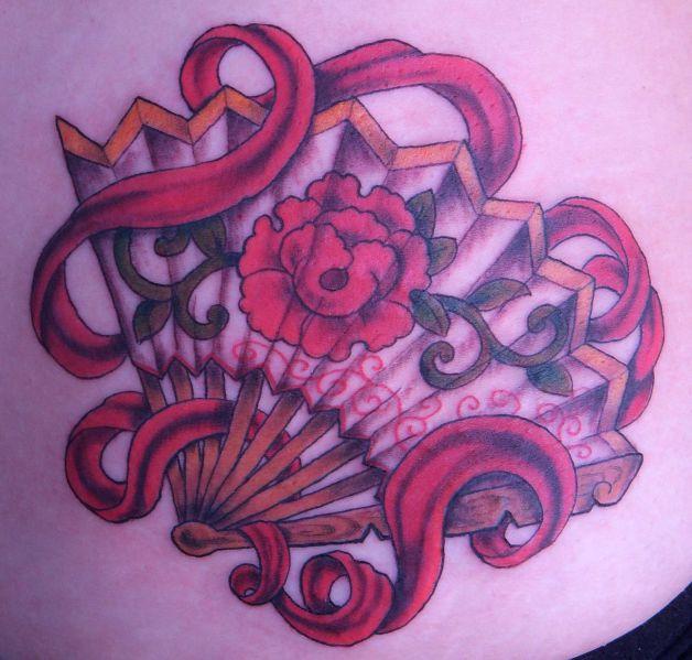 asian fan tattoo design on upper back photo 1 all tattoos for men. Black Bedroom Furniture Sets. Home Design Ideas