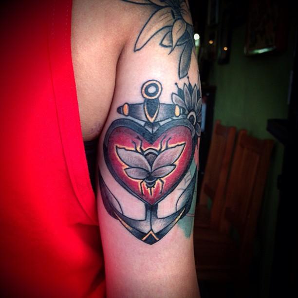 Elegant Bee Heart n Anchor Tattoo On Back Of Arm