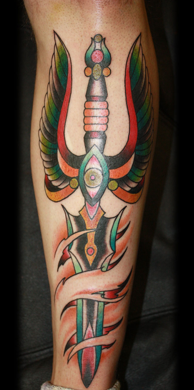 tatouage-dague-tattoo-9