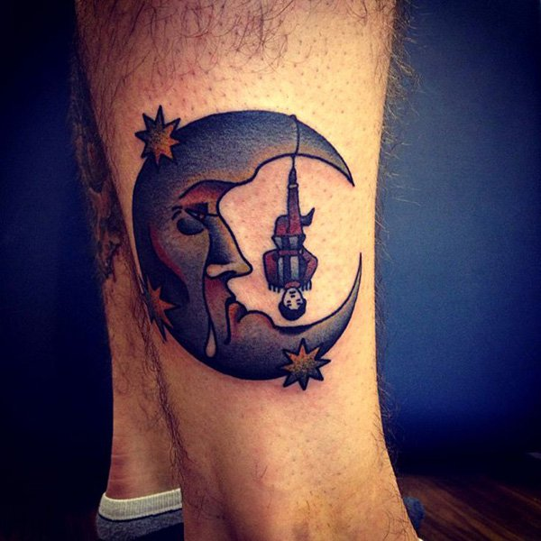 50 Examples of Moon Tattoos 1