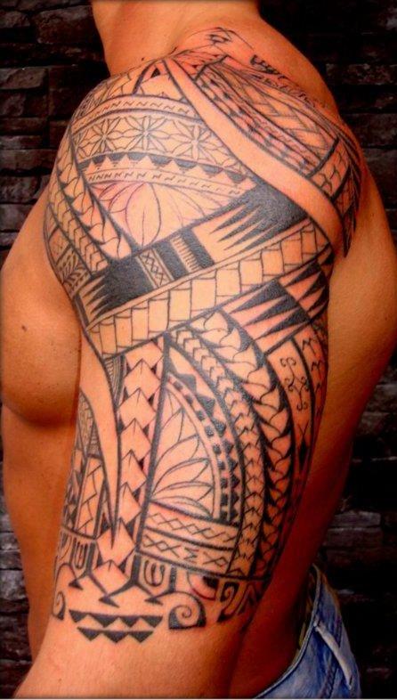 Maori biceps tattoo for men - Tatouage homme epaule ...