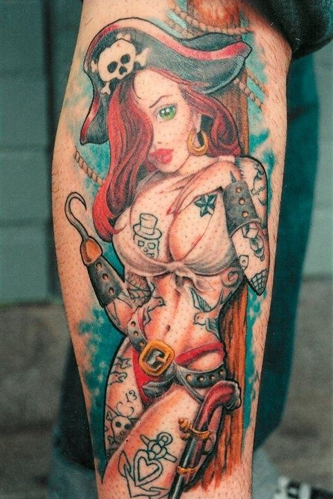This pin-up tattoo seems to have some tattoos of her own. #Inked
