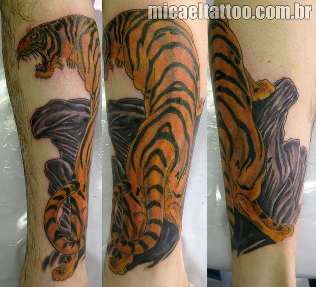 Amazing Tiger Tattoo On The Chest photo - 1