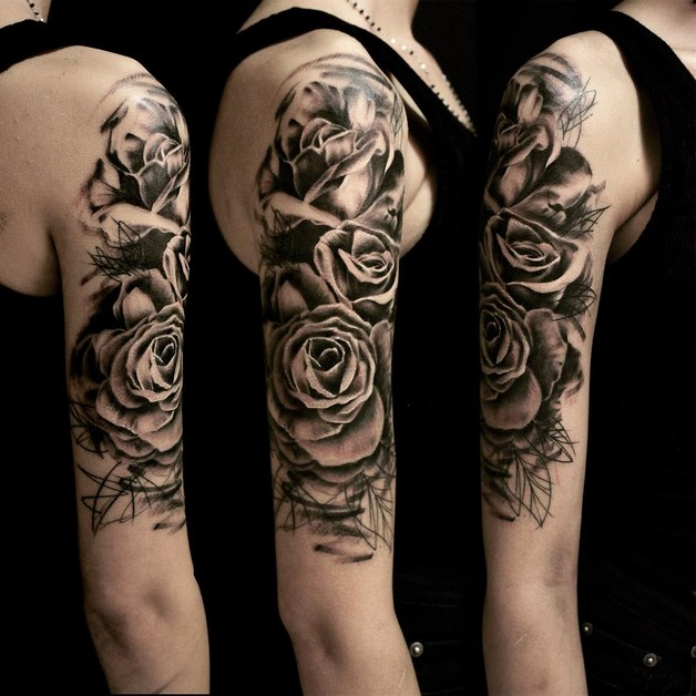Beautiful Bottle And Rose Tattoos On Shoulder Blade photo - 1