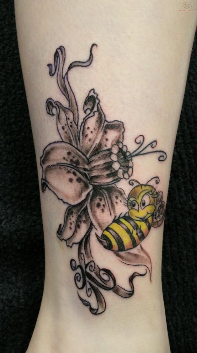 Bee On Flower Tattoo photo - 1