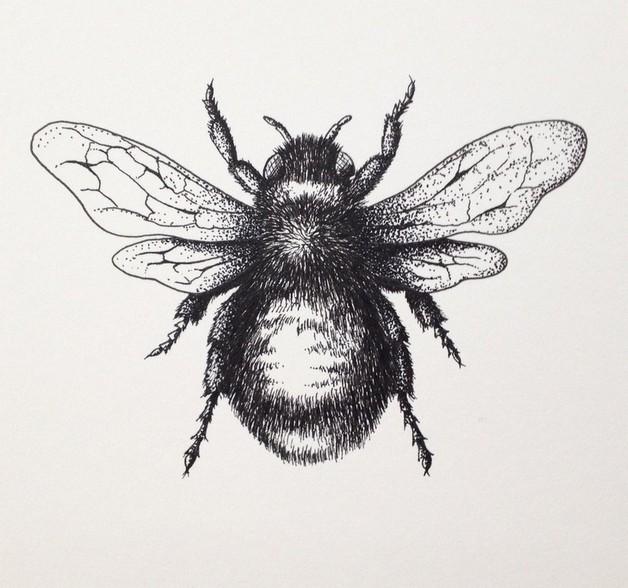 Black Bee Tattoo Designs photo - 1