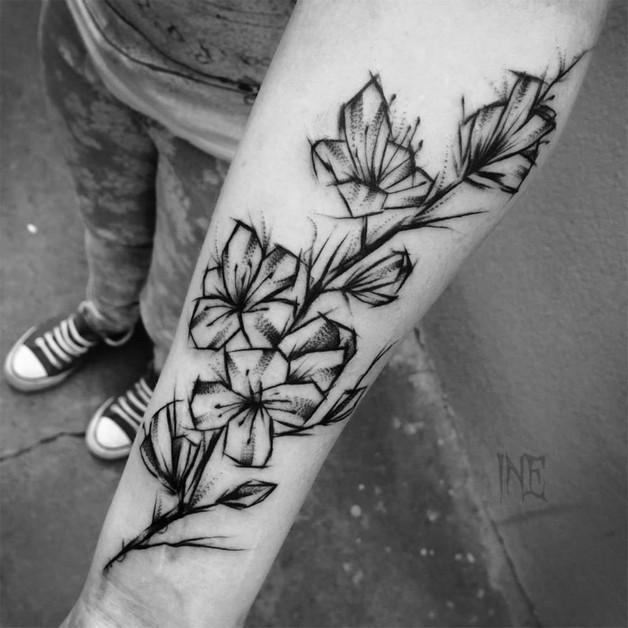 Black Flower Tattoo Designs On Arm photo - 1