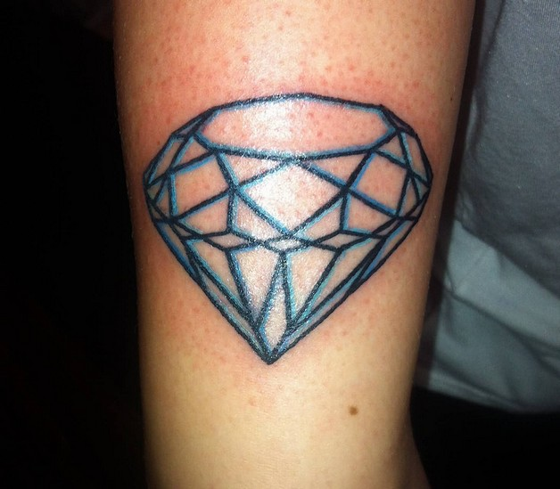 Black n Blue Ink Diamond Tattoo photo - 1