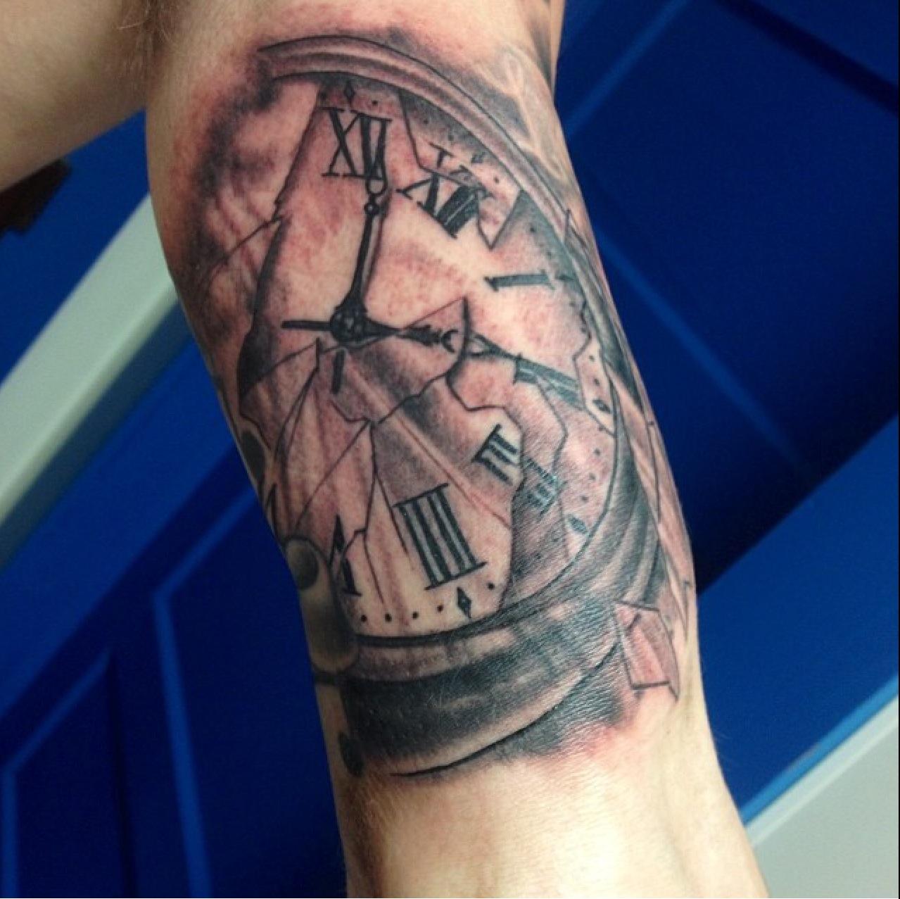 Broken Glass Clock Tattoo photo - 1