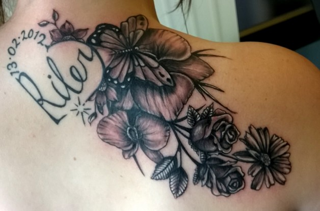 Butterflies n Flowers Tattoo On Back Shoulder photo - 1
