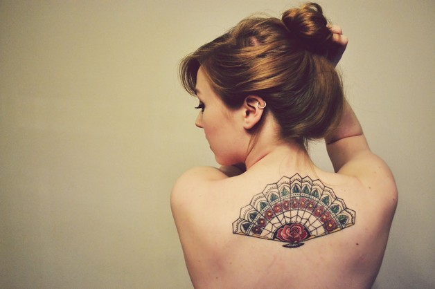 Color Ink Asian Lady Tattoo For Back photo - 1