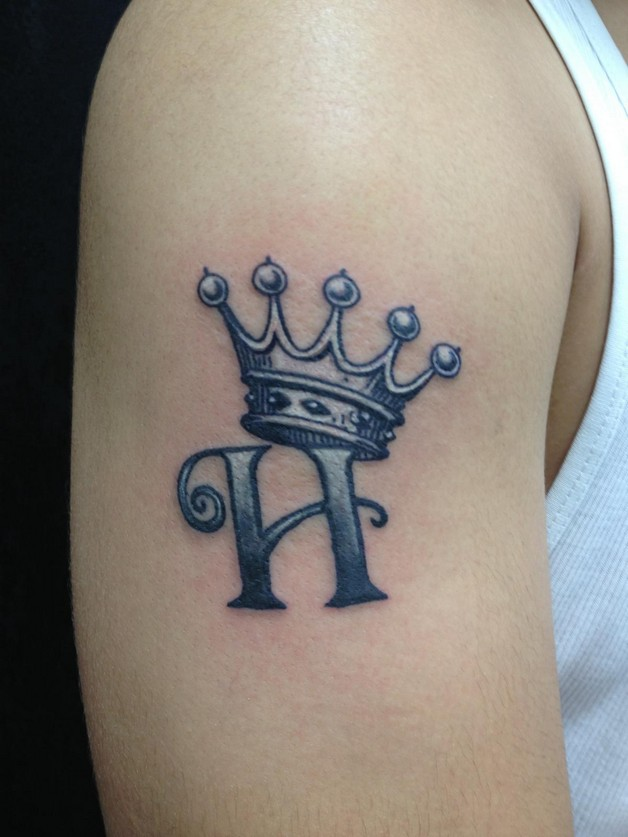 Crown-Tattoo-Images photo - 1