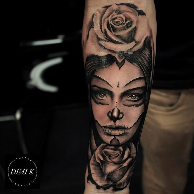Gorgeous Dressed Pin Up Girl Tattoo On Half Sleeve