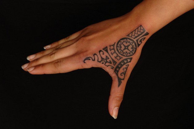 Hand Bear Tattoo photo - 1