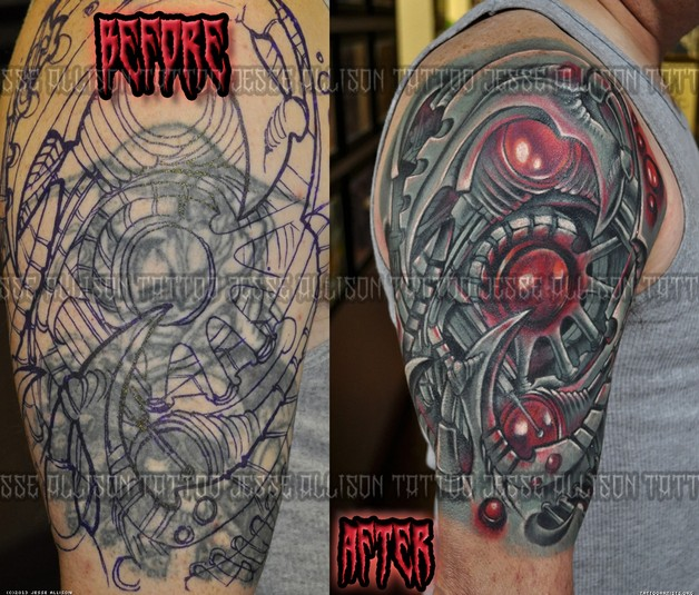 Large Biomechanical Skull Octopus Tattoo On Back photo - 1