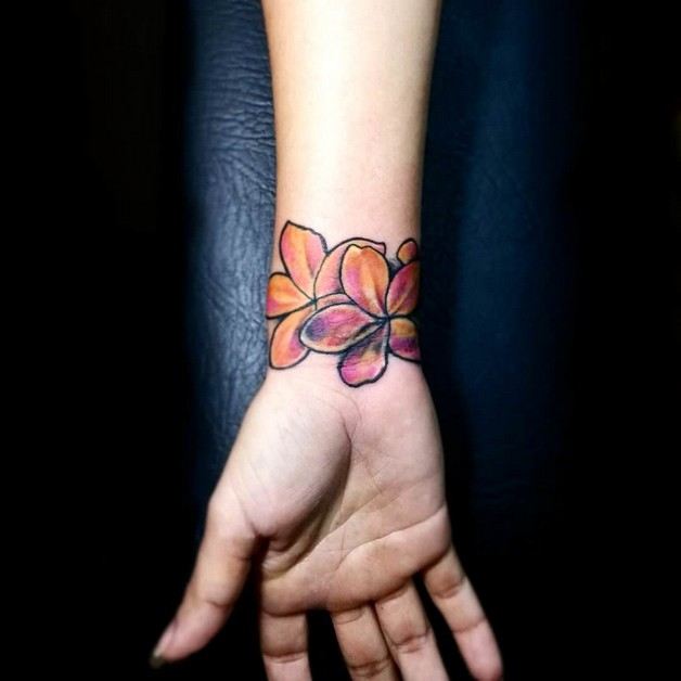 Lovely Butterfly Hand Tattoo photo - 1