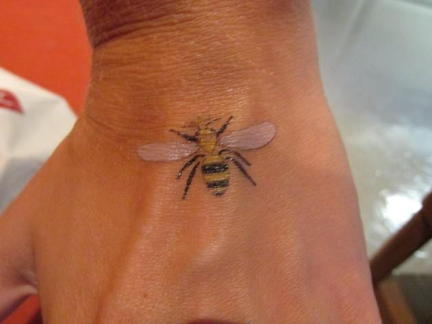 Nice Bee Tattoo For Foot photo - 1