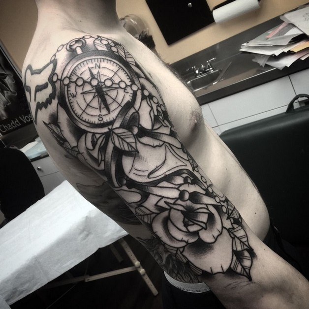 Traditional Rose And Hour Glass Tattoos photo - 1