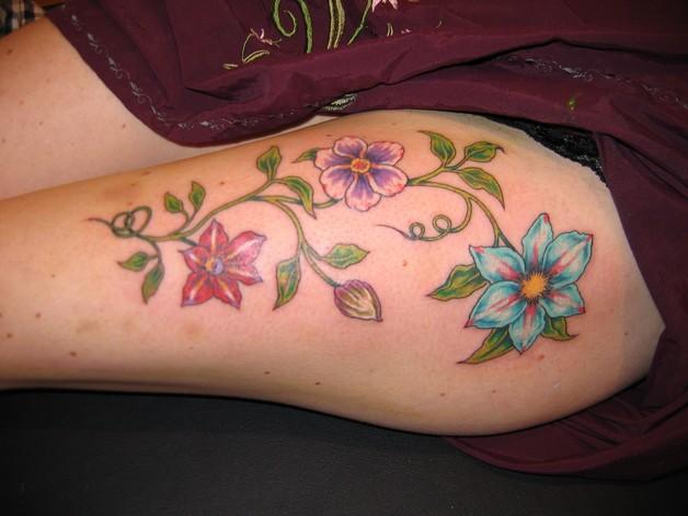 Vine Hand Tattoo For Girls photo - 1