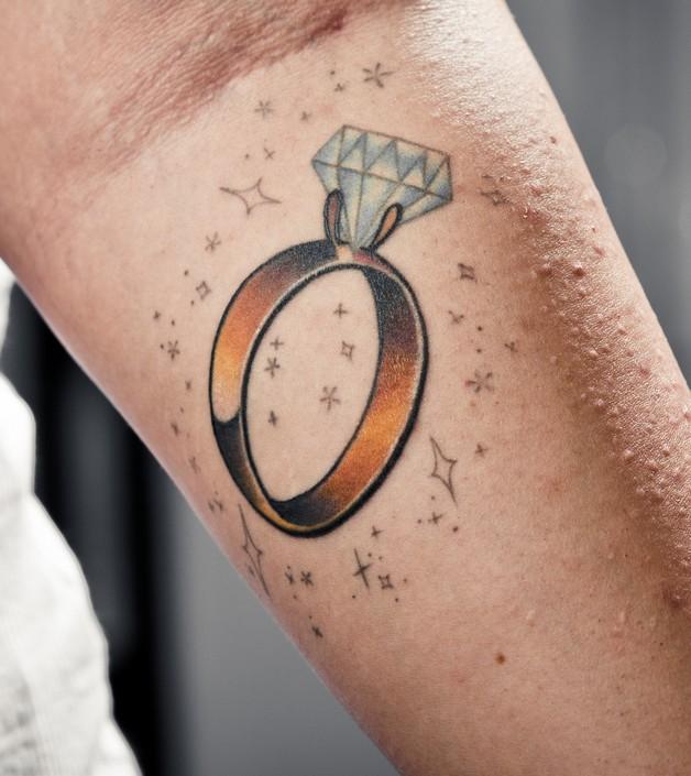 Wedding Diamond Tattoo Design photo - 1