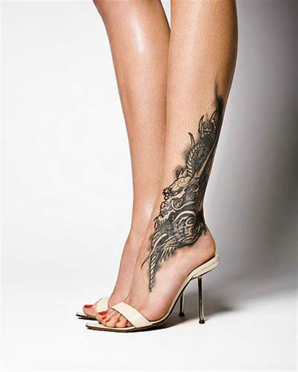 amazing waist dreamcatcher tattoo for girls photo - 2