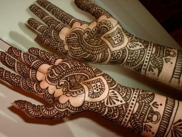 arabic leg tattoo design photo - 1