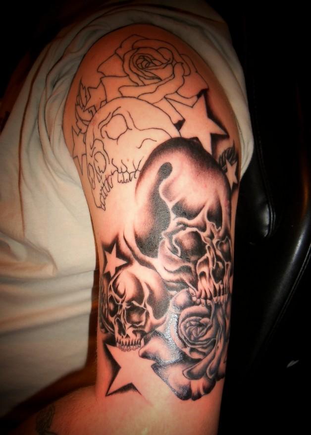 black ink horse n stars tattoo design photo - 2