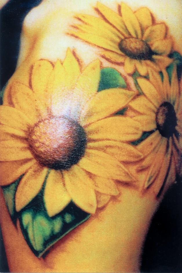 color ink sunflower tattoos on shoulder photo - 1