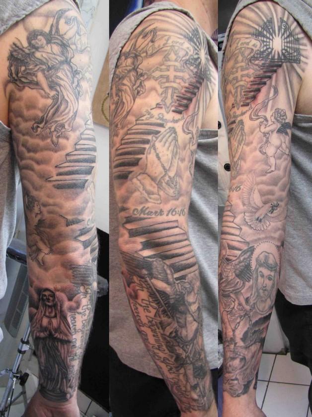 extreme tattoo on neck photo - 1