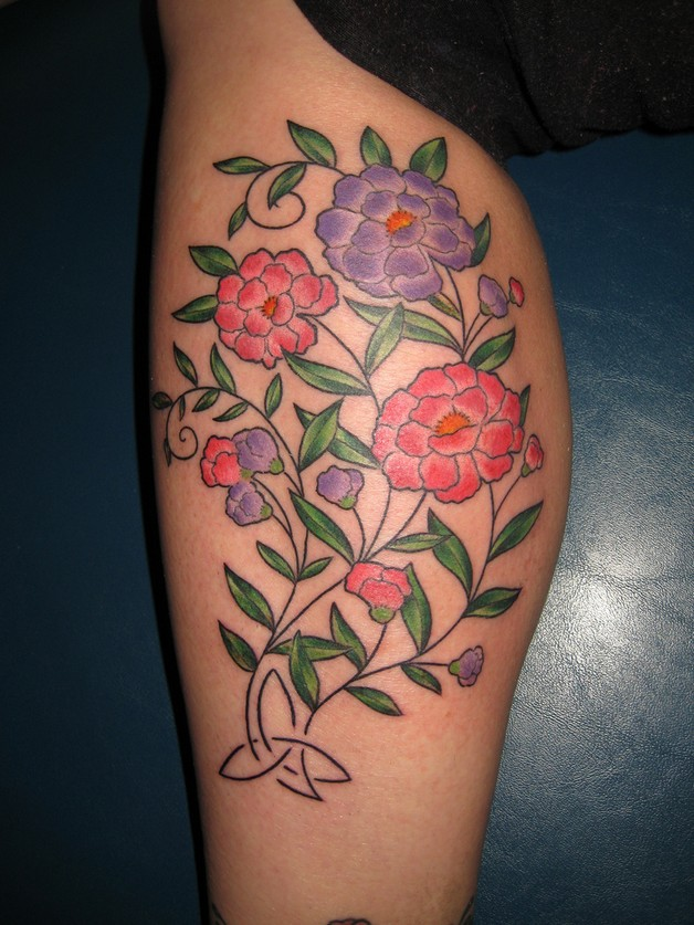 Hibiscus outline flowers tattoo on leg hibiscus outline flowers tattoo on leg photo 1 izmirmasajfo Choice Image