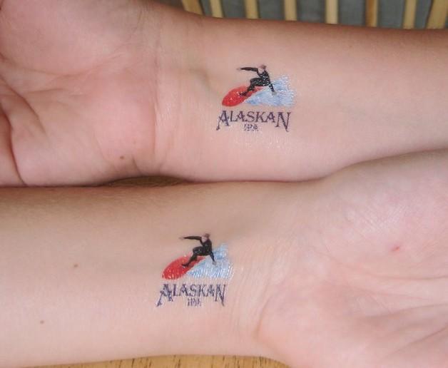 little stars tattoos on wrist photo - 1