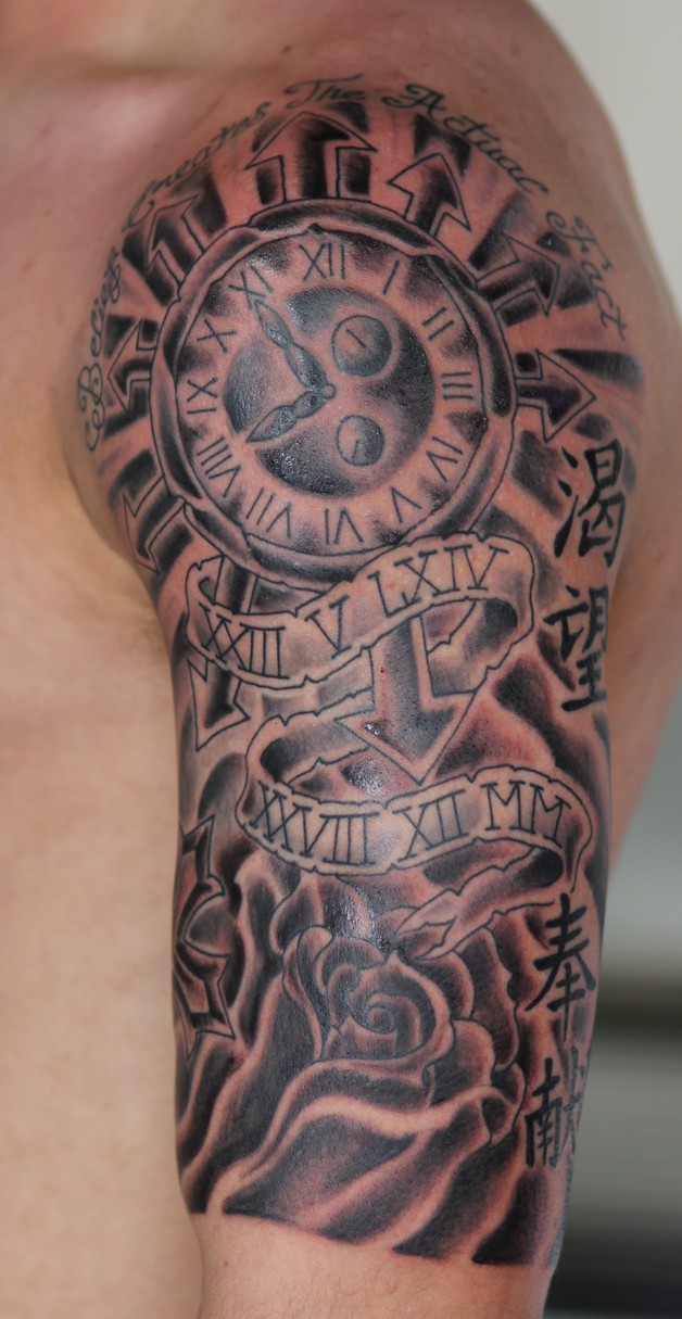 nautical star gambling cards tattoo on shoulder photo - 2