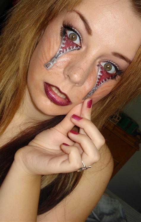 pretty woman with dream catcher tattoo design photo - 1