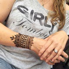 simple dream catcher tattoo design photo - 2