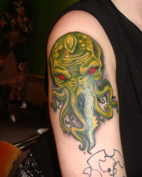 star trek geek tattoos on upper back photo - 1