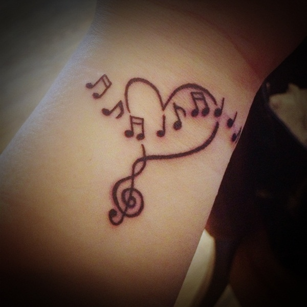 this dream catcher tattoo looking so lovely photo - 1