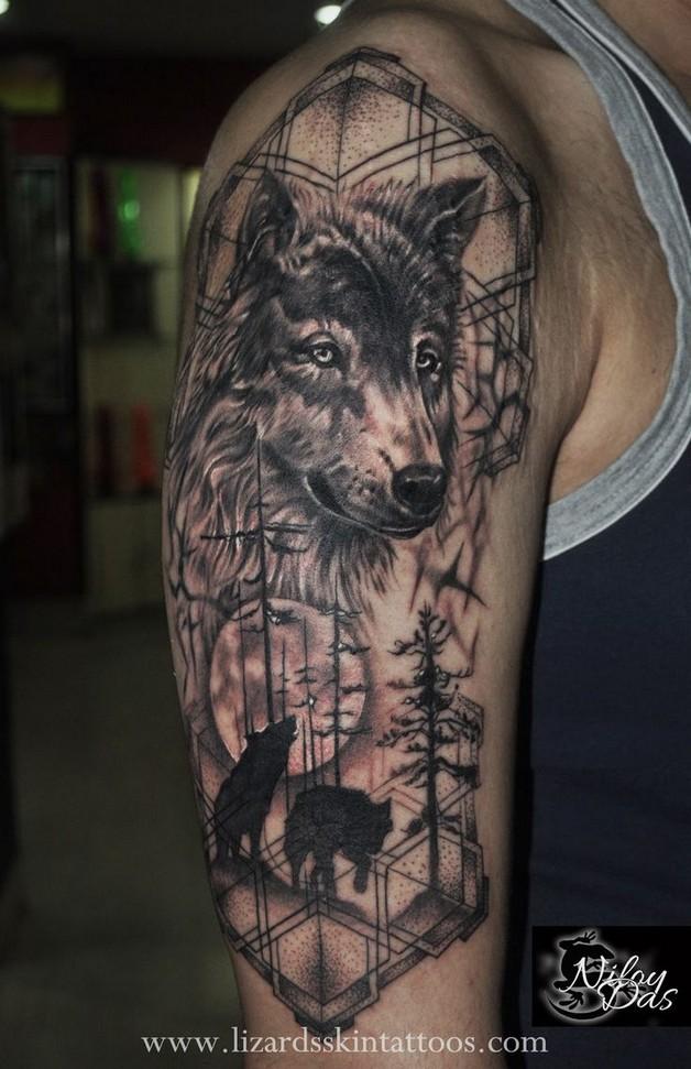 wolf dreamcatcher tattoo on half sleeve photo - 1